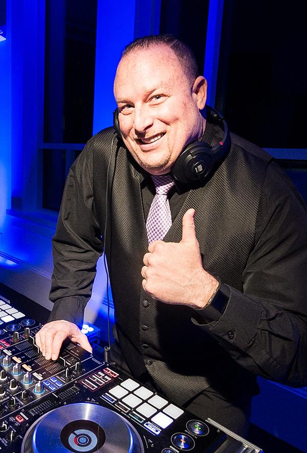 DJ Jon Smith